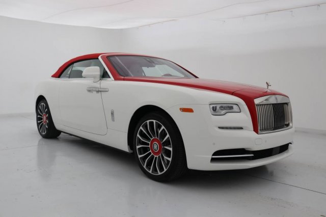 Pre-Owned 2018 Rolls-Royce Dawn